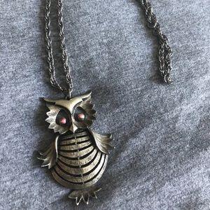 Jewelry - Owl necklace